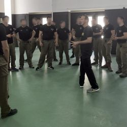 Krav Maga groin kick followed by hammer fist - YouTube
