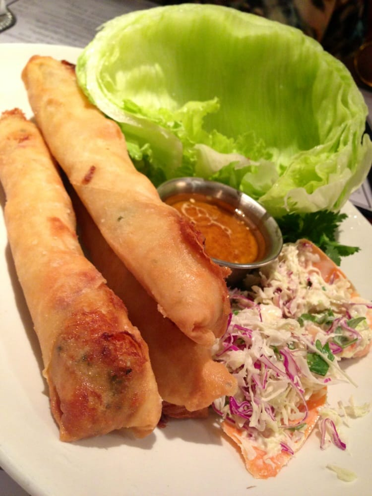 crispy lobster shrimp and pork spring rolls pappadeaux