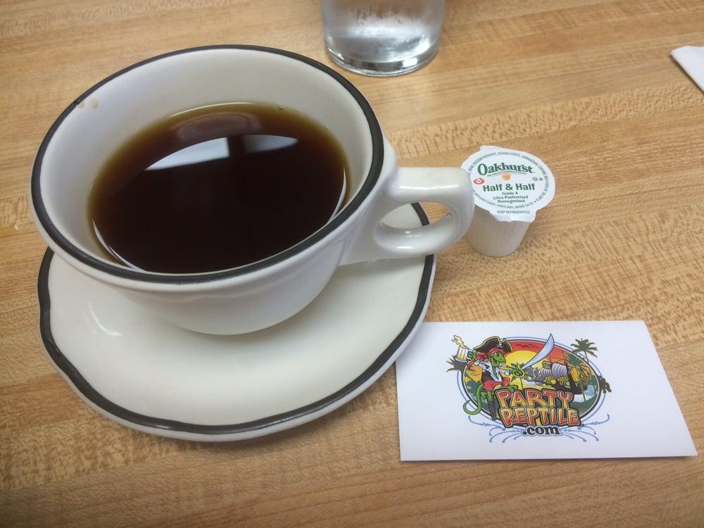 Doris'cafe: 345 Market St, Fort Kent Mills, ME