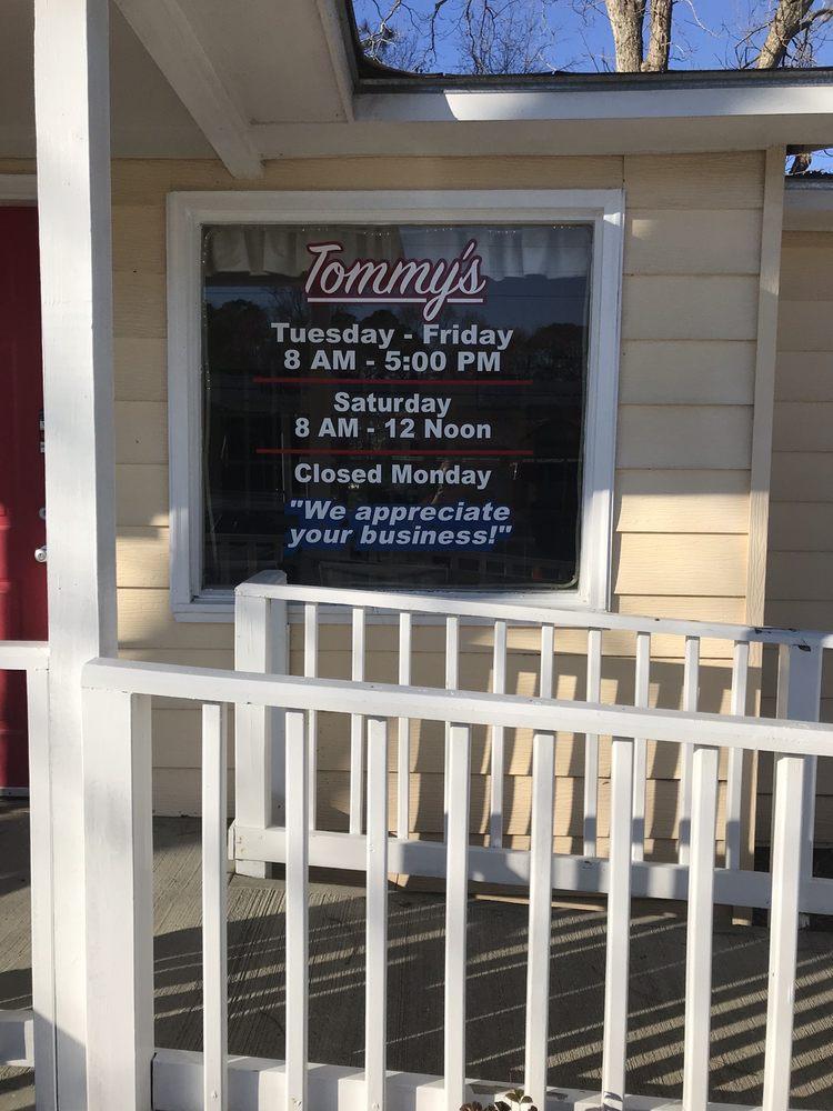 Tommy's Barber Shop: 17787 US-80, Brooklet, GA