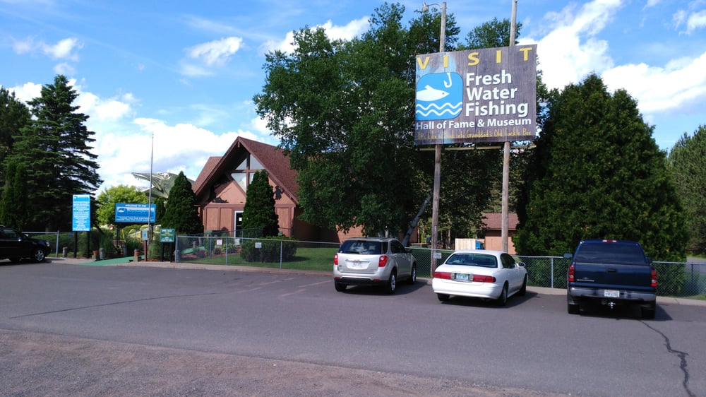 Freshwater fishing hall of fame entrance yelp for Freshwater fishing hall of fame