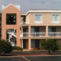 Photo Of Days Inn Suites By Wyndham Warren Mi United States
