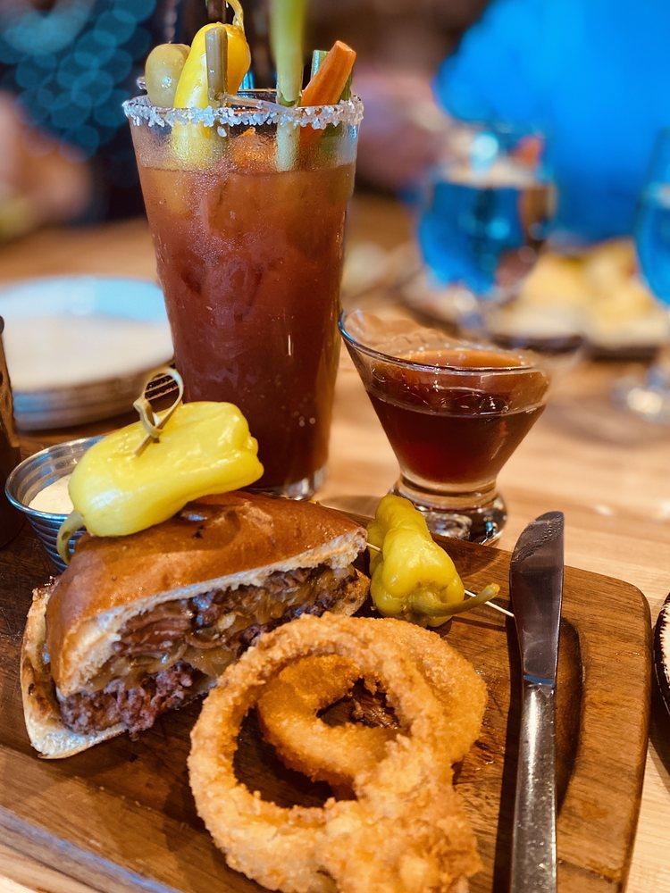 Jackalope's Bar and Grill: 1122 Hwy 41, Fish Camp, CA
