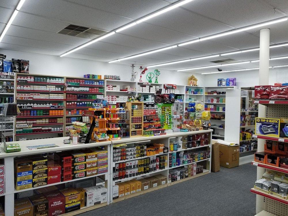Eagle market n tobacco: 1305 2 Tusculum Blvd, Greeneville, TN