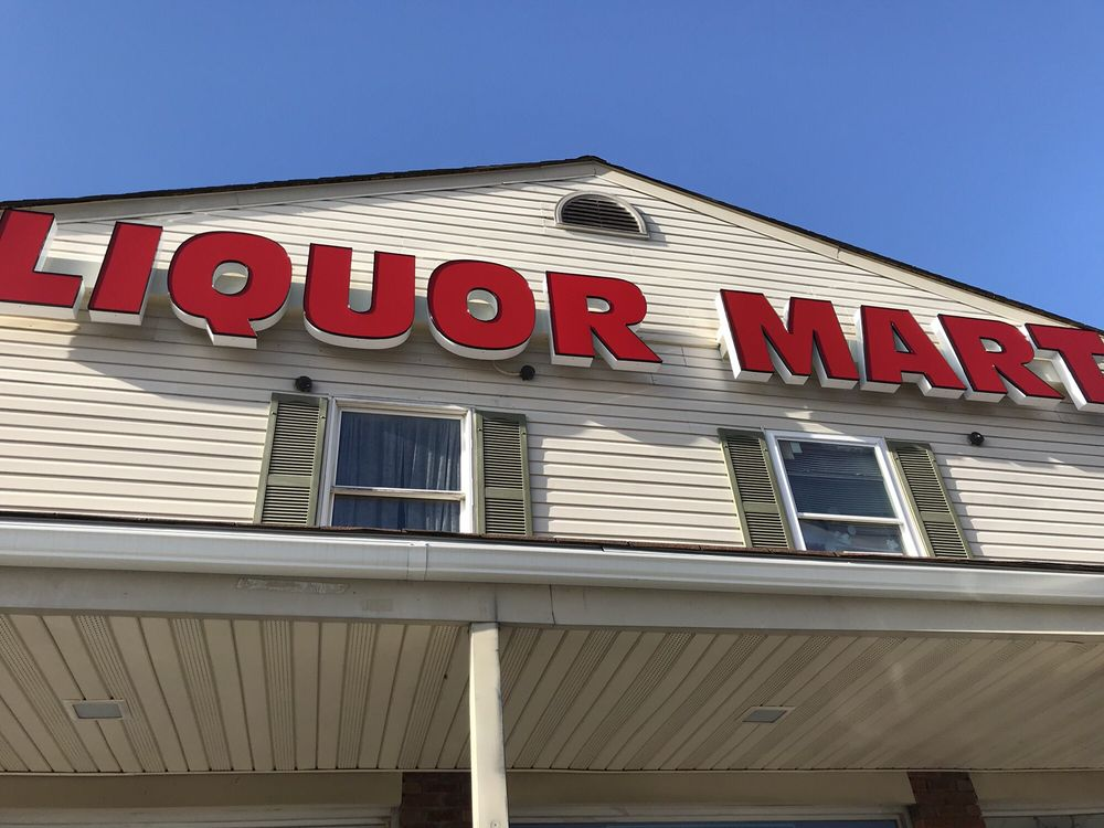 Liquor Mart: 224 Union St, Fieldsboro, NJ