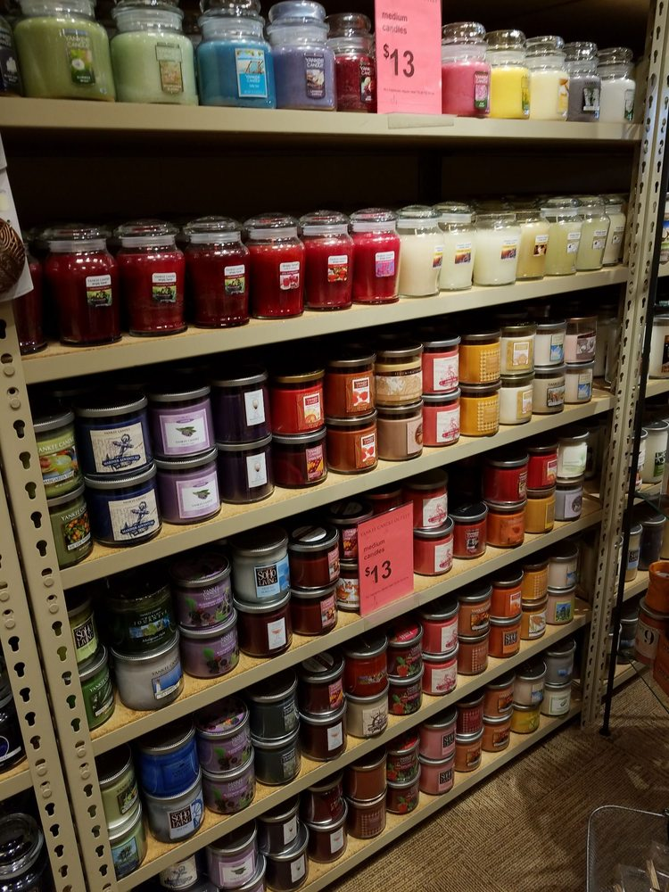 Yankee Candle Company: 12240 S Beyer Rd, Birch Run, MI