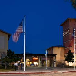 Round Rock Premium Outlets - 90 Photos & 150 Reviews - Outlet Stores ...