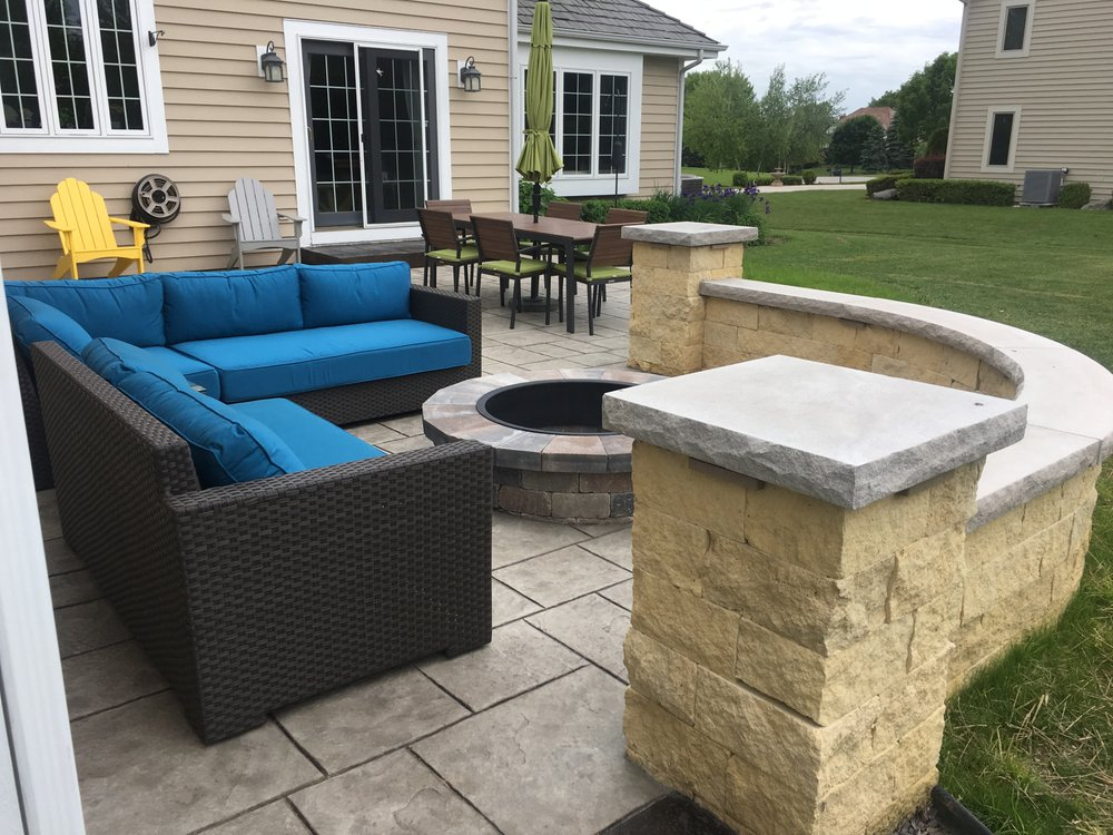 Lake Country Concrete Specialists: W286N6778 Gertrude Ln, Hartland, WI