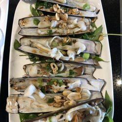 Four Guys Seafood Bar Oc Lau Quan