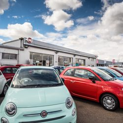 id media kia car used width height dealership stafford stoneacre staffordshire in renault dealers fiat