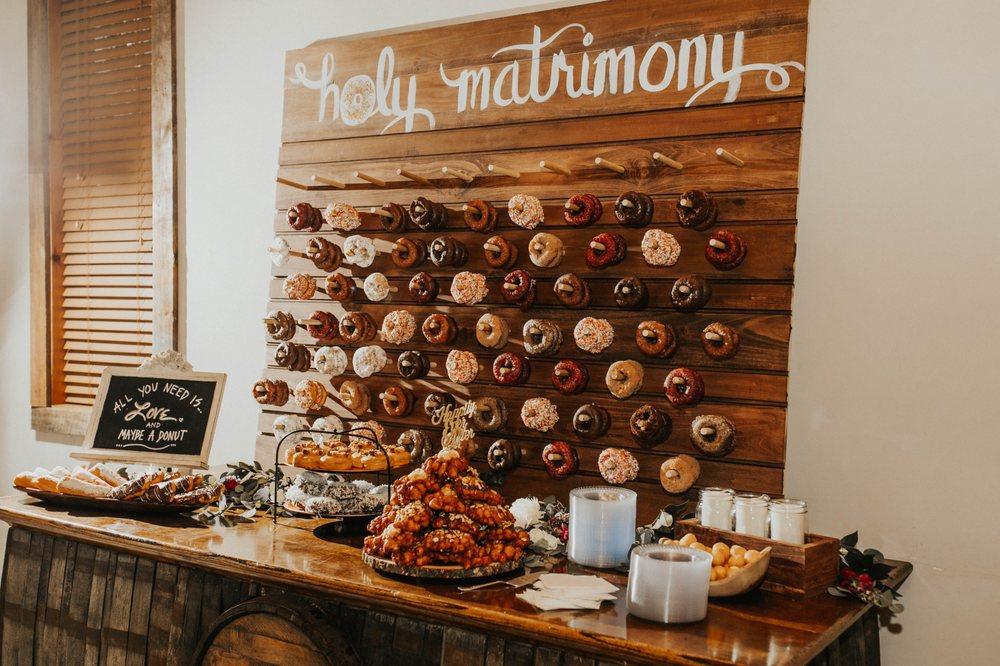 Sweet Apple Donut & Coffee