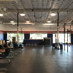 CrossFit Big D - 13 Photos - Trainers - 1220 Conveyor Ln, Dallas, TX