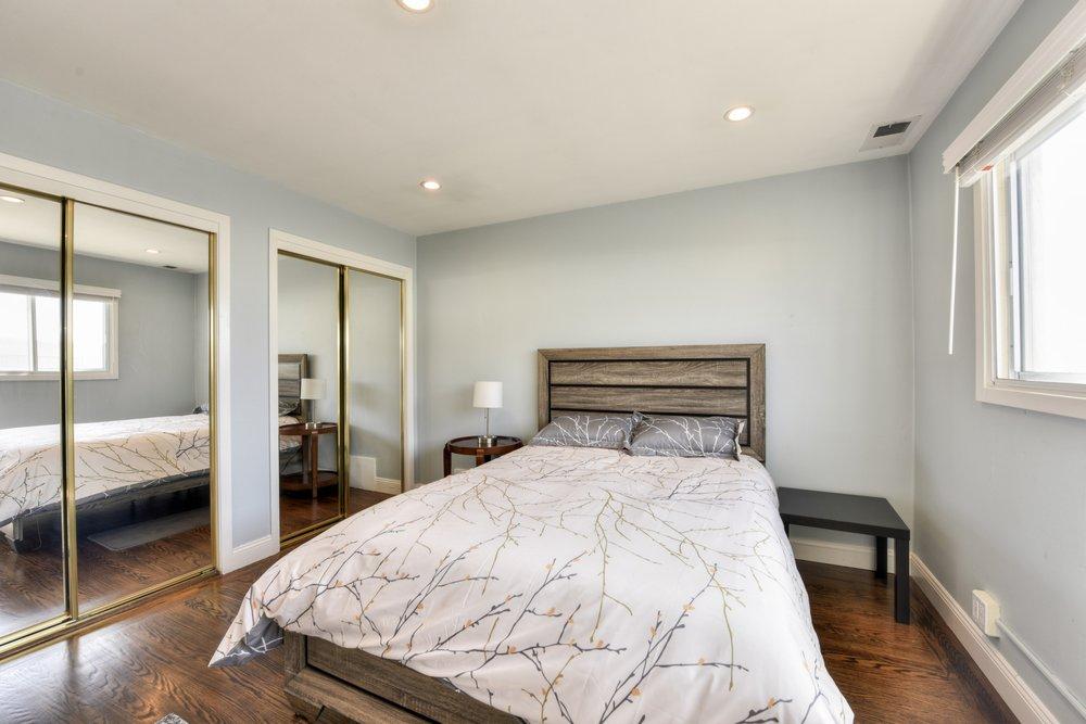 Moon Li - Coldwell Banker Real Estate: 1390 Noriega St, San Francisco, CA