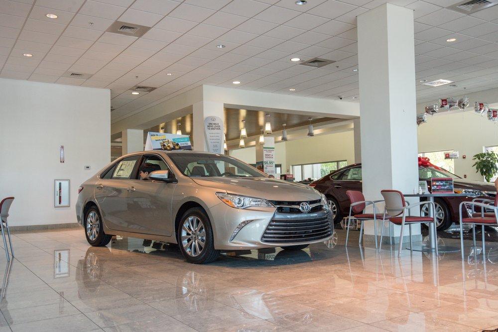 Autonation Toyota Weston 33 Photos 182 Reviews Car Dealers