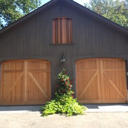 Photo Of Raynor Door Authority Of New England   Manchester, NH, United  States.