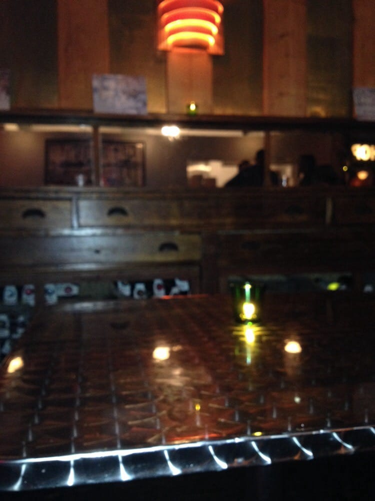 Aluminum Tables Reflect Candlelight Amp This Sidebar