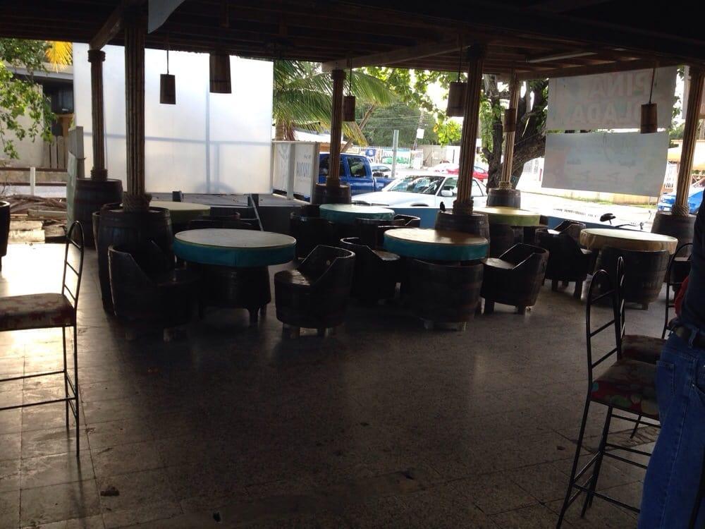 Upa Upa: Cll Caribe S/N, Guayanilla, PR