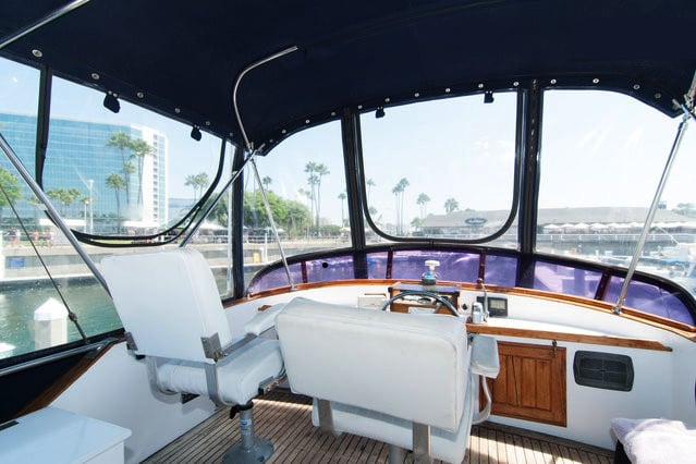 Island Trader Charters: 429 Shoreline Village Dr, Long Beach, CA