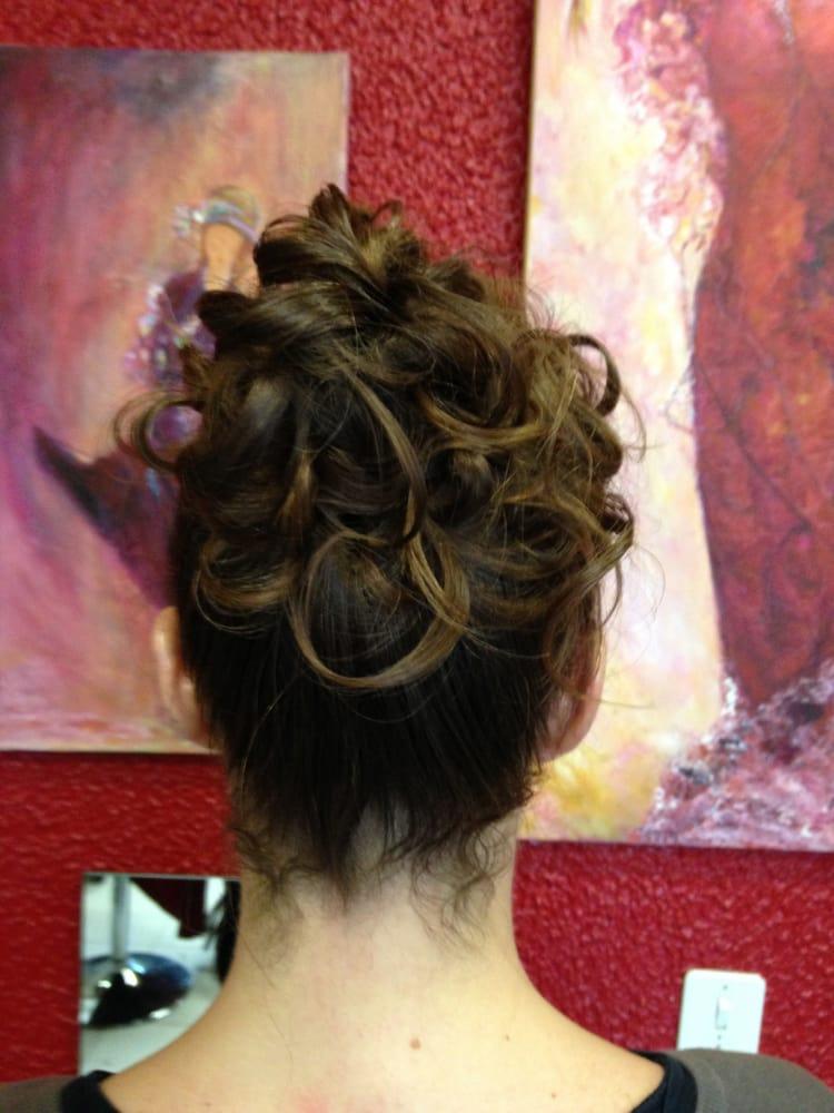 Sandy coiffure 10 photos salons de beaut spas 137 for Miroir coiffure st augustin