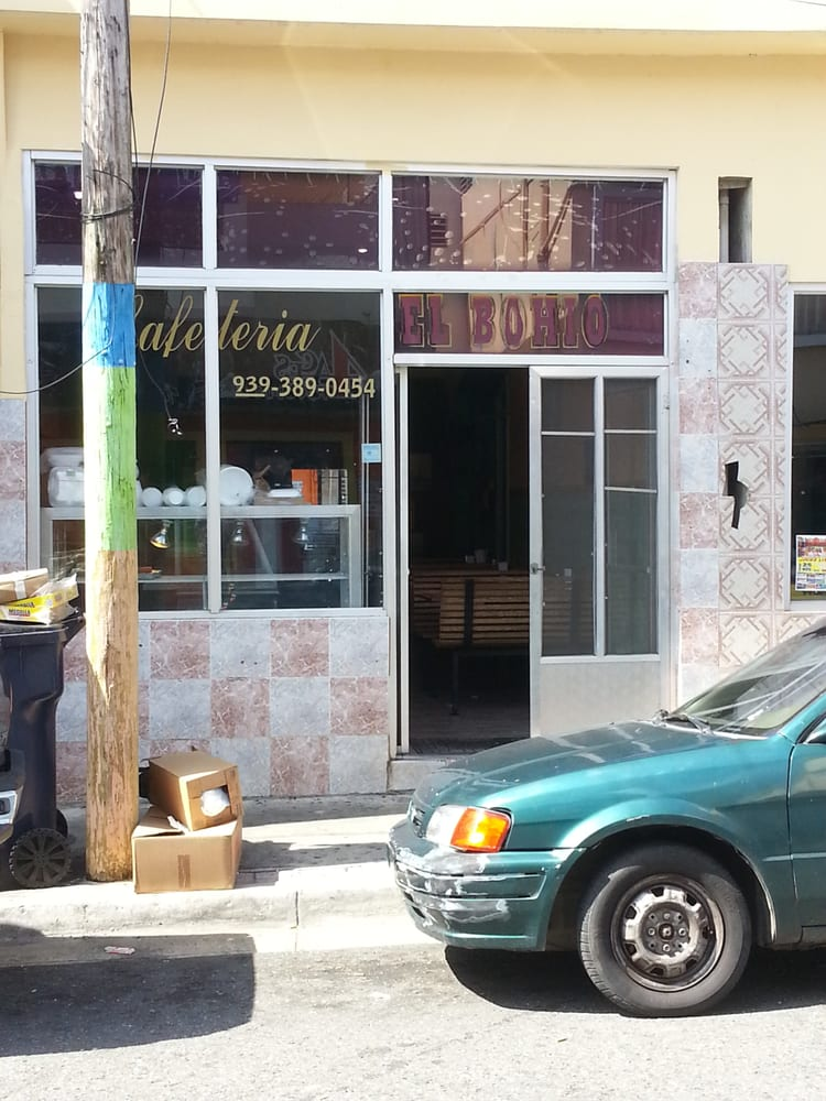 El Bohio: 61 Calle Guama, Aguada, PR