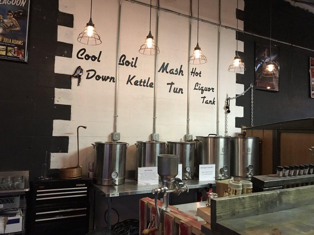 Grindhaus Brew Lab: 1650 N Hercules Ave, Clearwater, FL