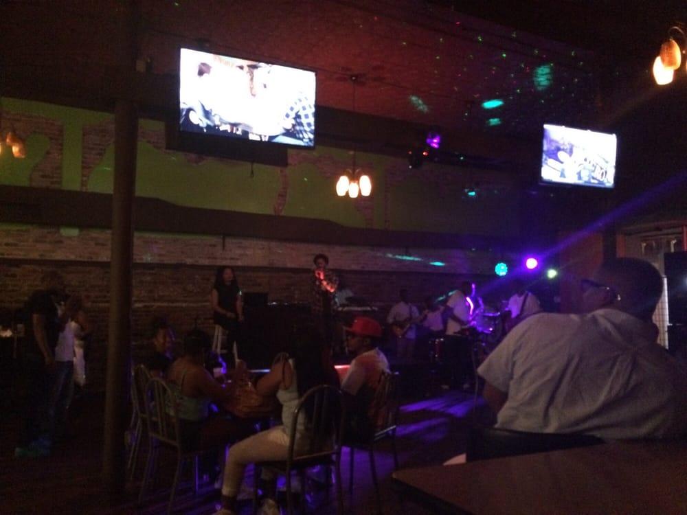 Icons Bar & Grill: 104 N Washington St, Albany, GA