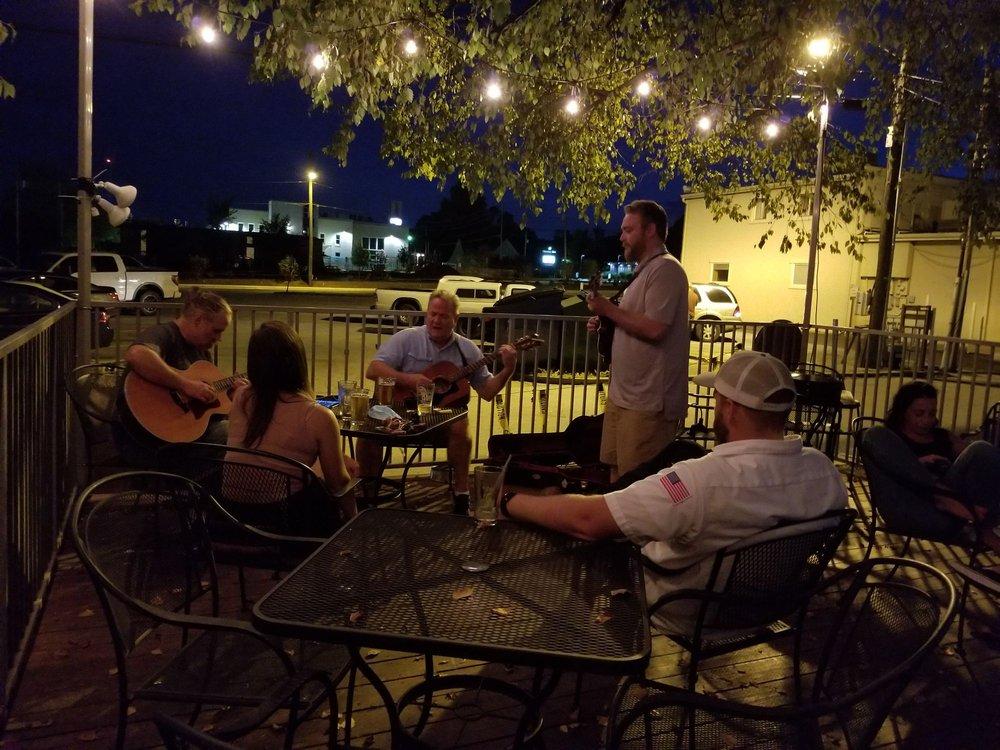 Emma Avenue Bar and Tap: 111 E Emma Ave, Springdale, AR