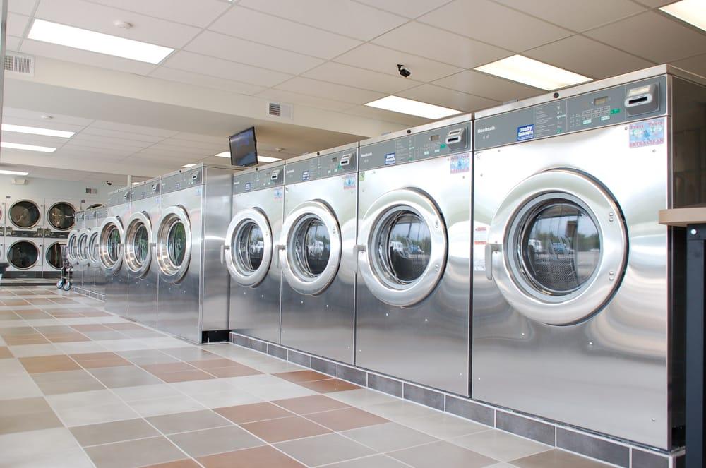 Smart Wash Laundry: 8716 W Golf Rd, Niles, IL