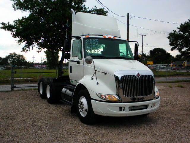 Single Axle Tandem : International trucks navistar ihc freightliner mack