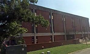 Charles W Washam Jr, DMIN: 1 W Mcdonald Pkwy, Maysville, KY