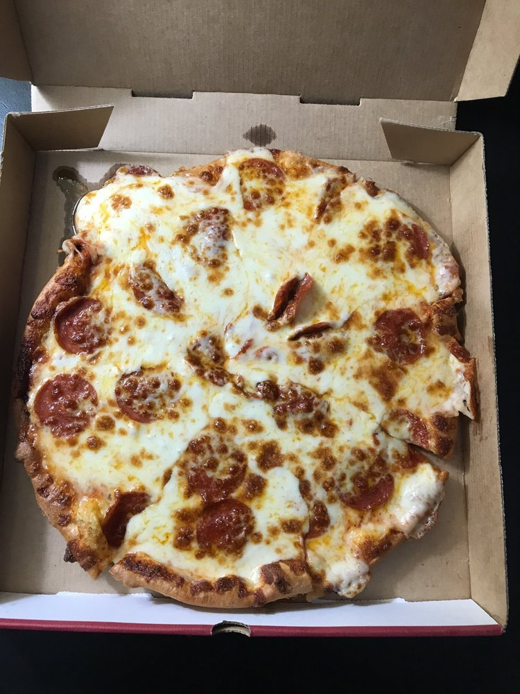 Mama De Luca's Pizza: 1812 E Harding St, Morrilton, AR