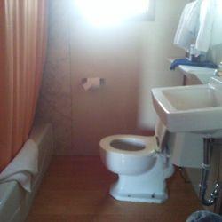 Photo Of D K Motel Arco Id United States Bathroom And Tub