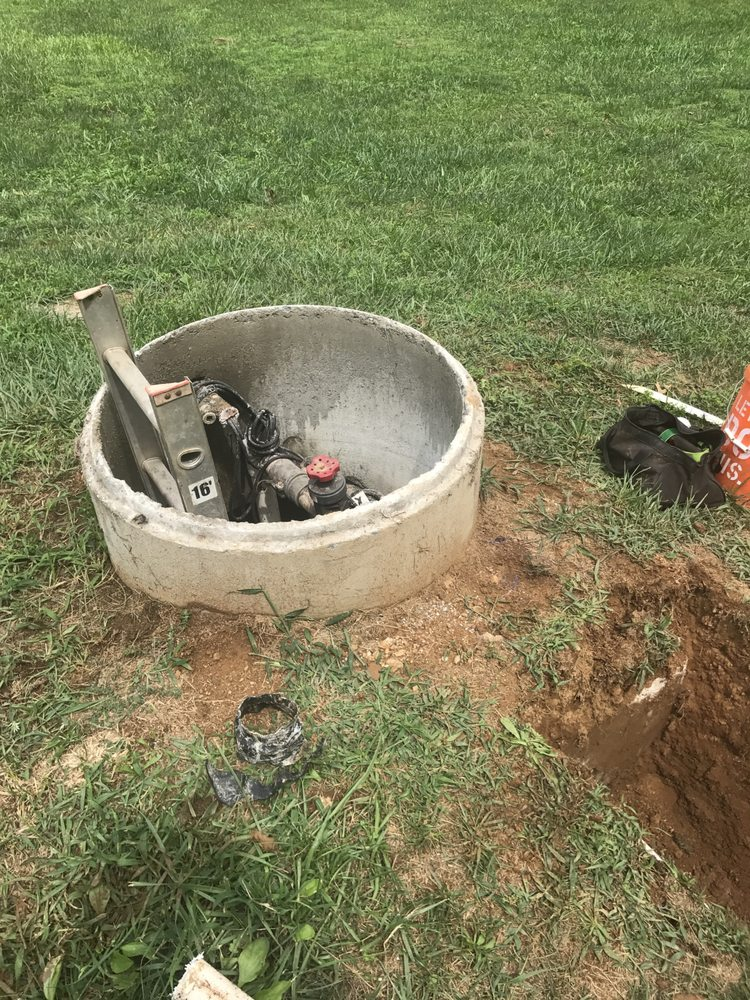 J & G Septic Service: 12480 Tower Hill Rd, Midland, VA