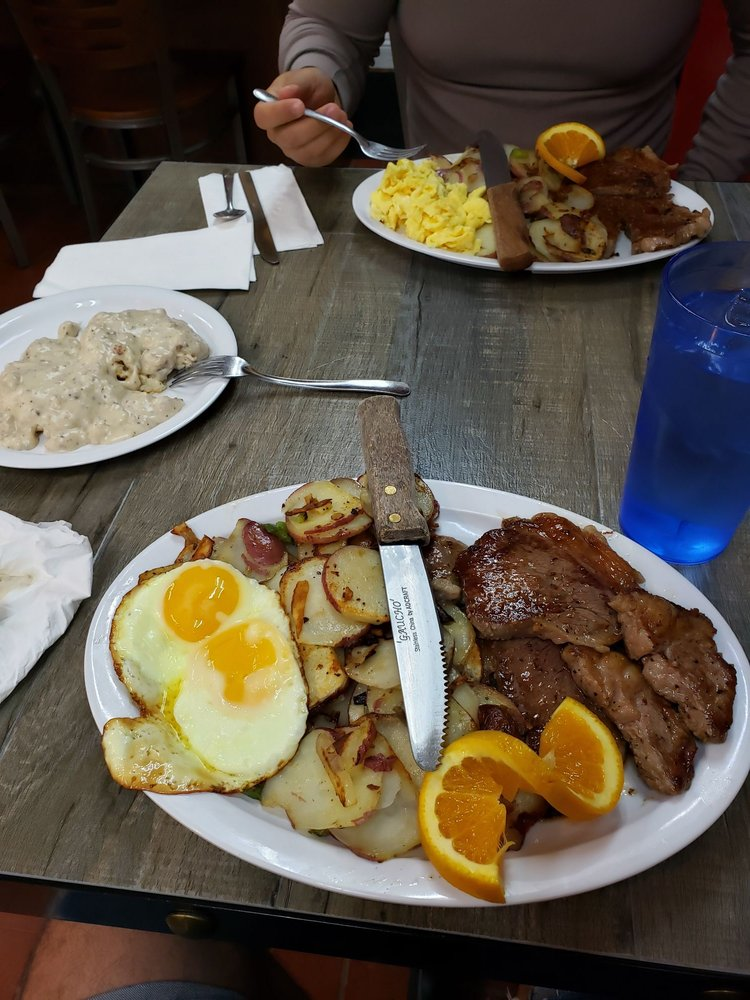Breakfast Shack: 615 W State St, Redlands, CA