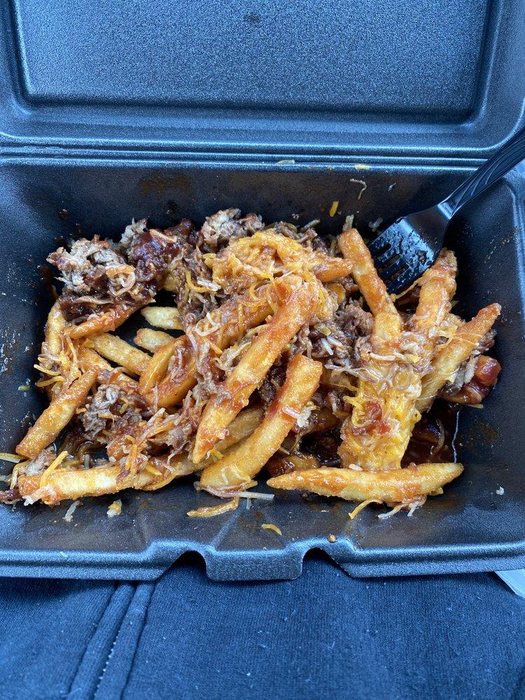 Battered Men's BBQ: 1402 S 5th St, Leesville, LA
