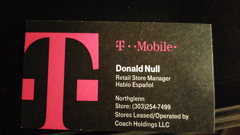 Business card of the store manager who did NOTHING to assist me ...