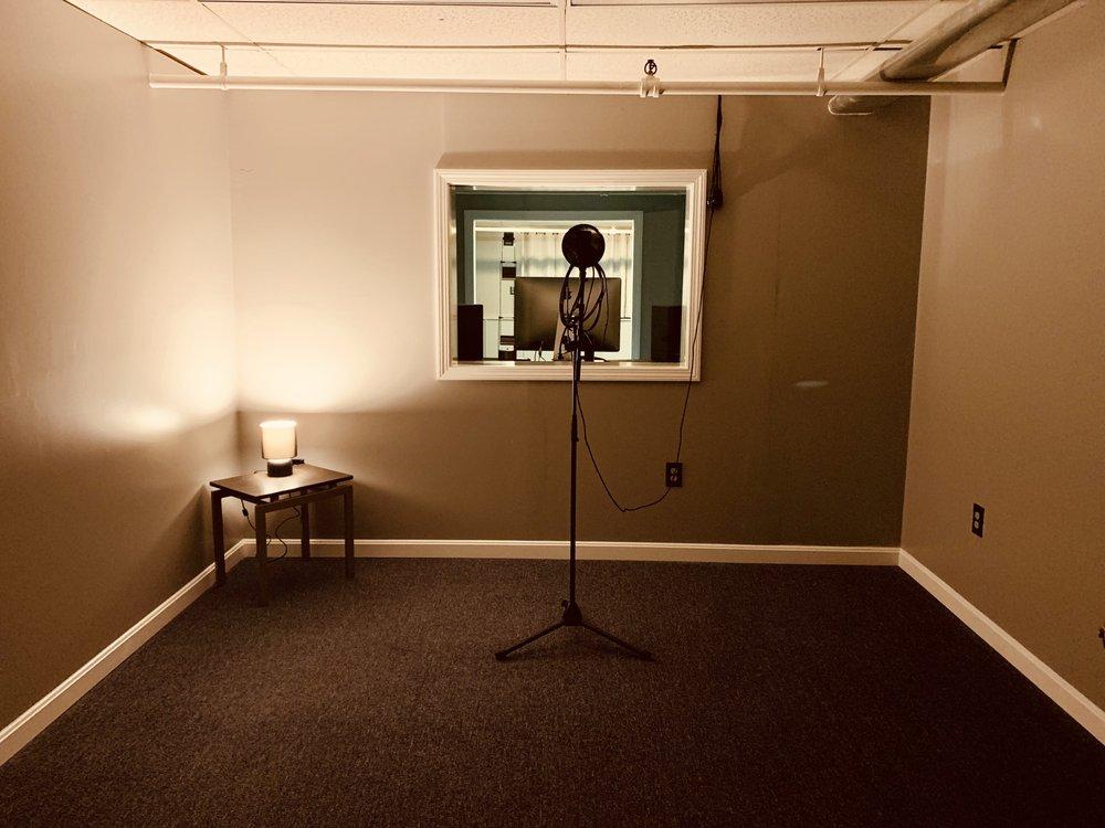 Ausicle Studios: 50 W Main St, Ayer, MA