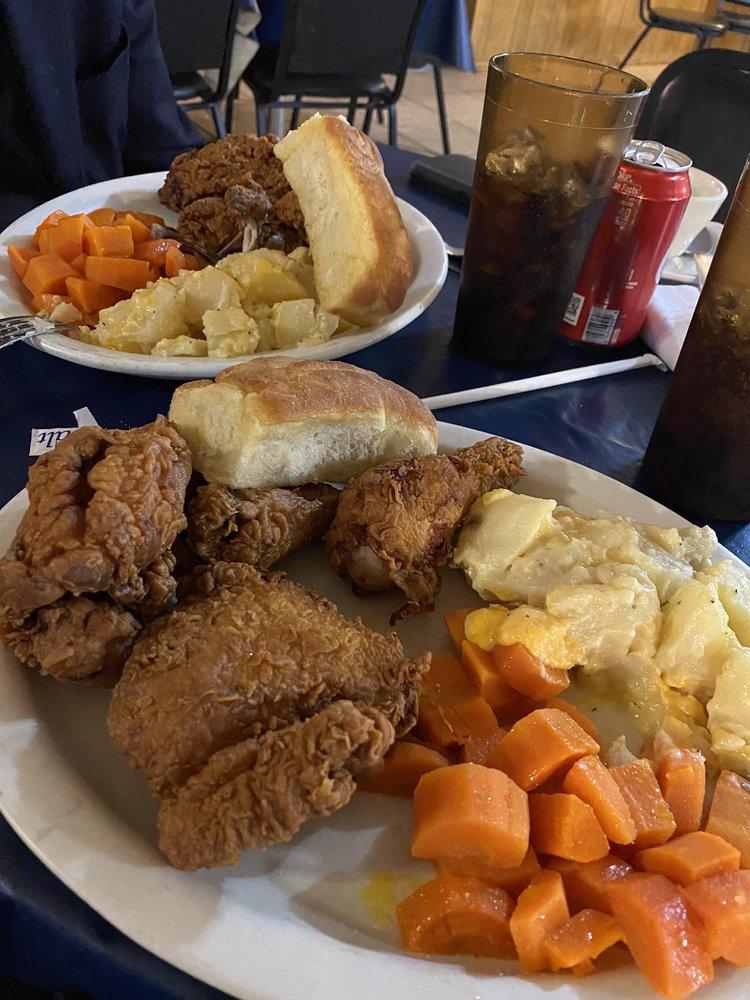 Casa Blanca Restaurant: 1695 S 7th St, Raymondville, TX