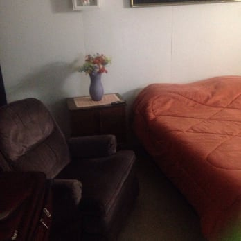 Photo Of High Desert Lodge   Boron, CA, United States. A Recliner!
