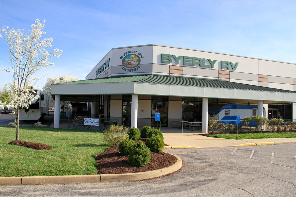 Byerly RV Center: 295 E 5th St, Eureka, MO