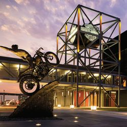 Harley Davidson Milwaukee >> Harley Davidson Museum 653 Photos 208 Reviews Museums