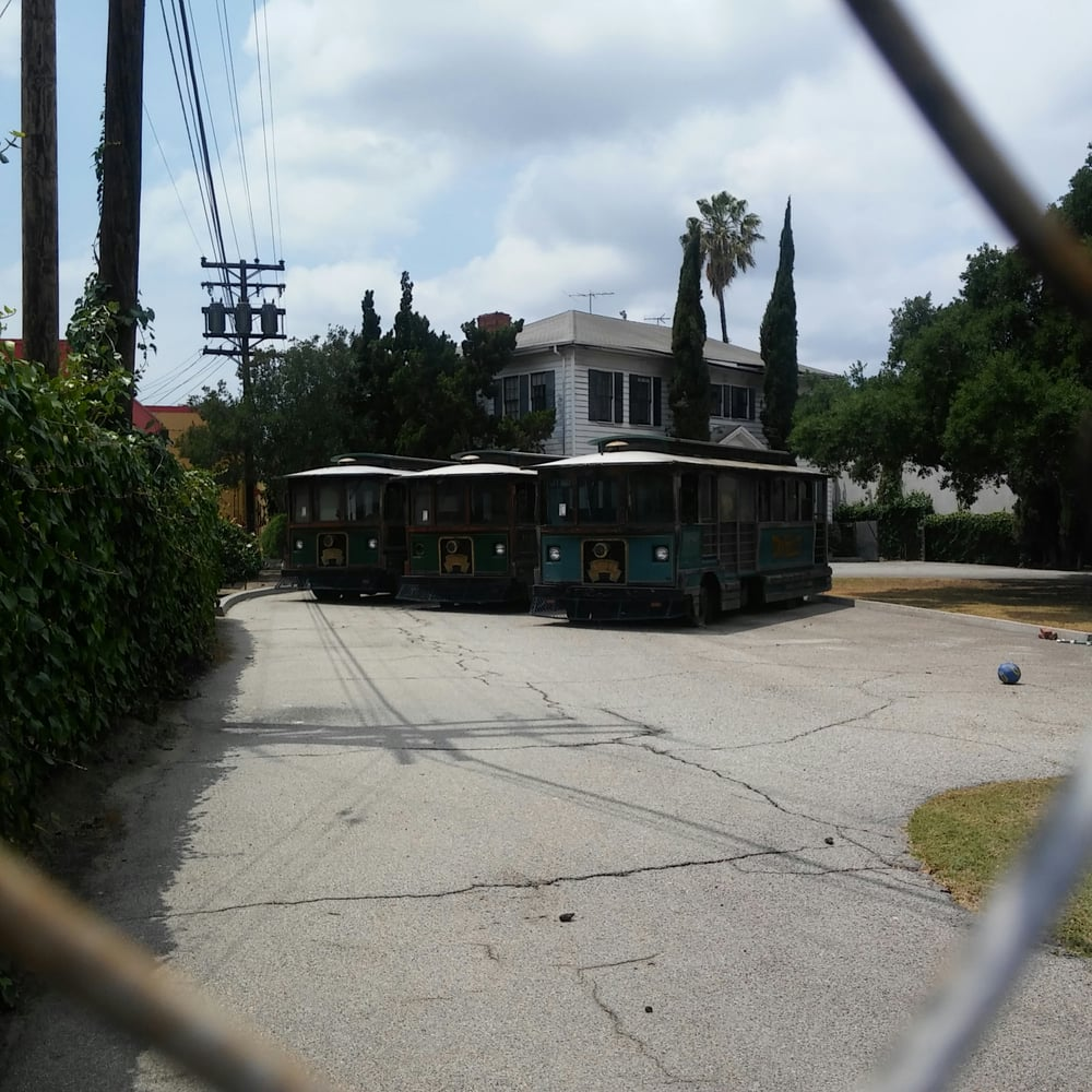 Woodworth House: 6820 Foster Bridge Blvd, Bell Gardens, CA