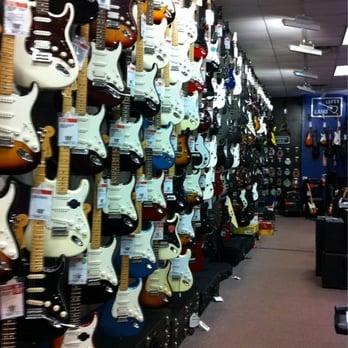 guitar center 44 photos 27 reviews guitar stores 3100 capital blvd raleigh nc phone. Black Bedroom Furniture Sets. Home Design Ideas