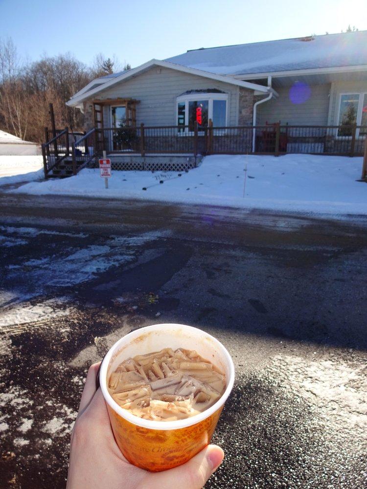 Northern Perks Coffee Shop: 15425 State Hwy 32, Lakewood, WI