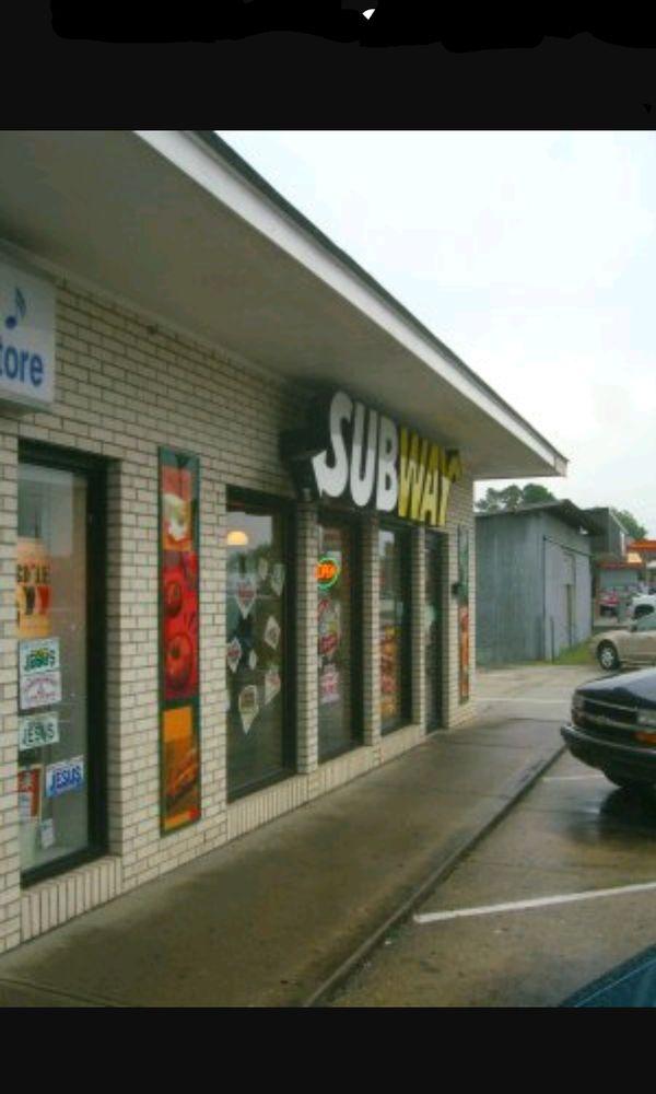 Subway: 131 15-401 Byp W, Bennettsville, SC
