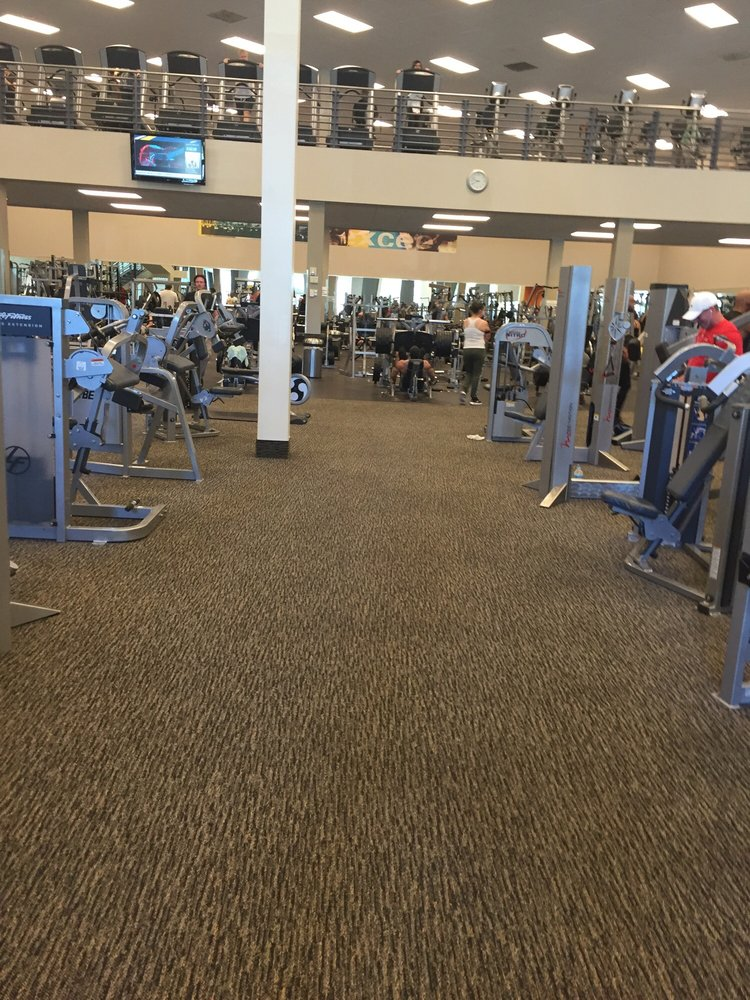 Photos For La Fitness Yelp