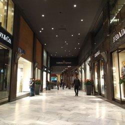 Galleria Cavour - Shopping Centers - Via Rizzoli 2, Bologna, Italy ...