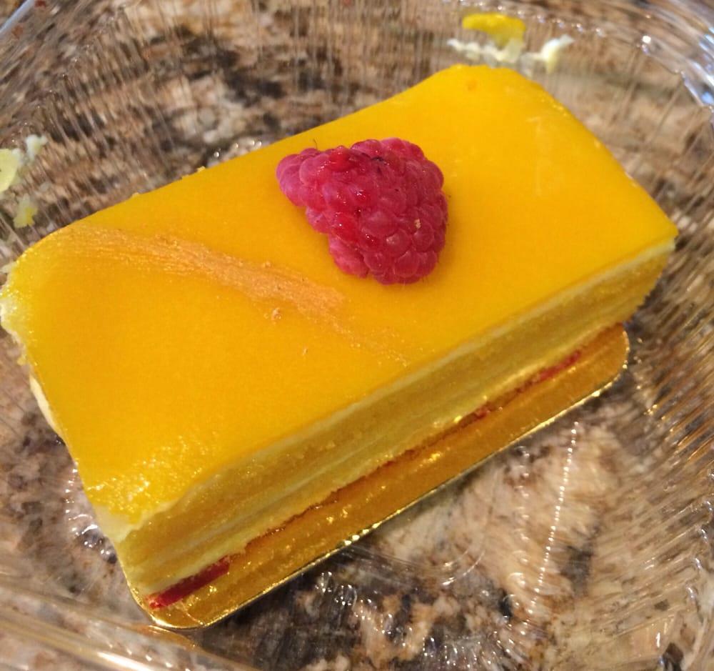 French Bakery Omaha: Le Petit Paris French Bakery