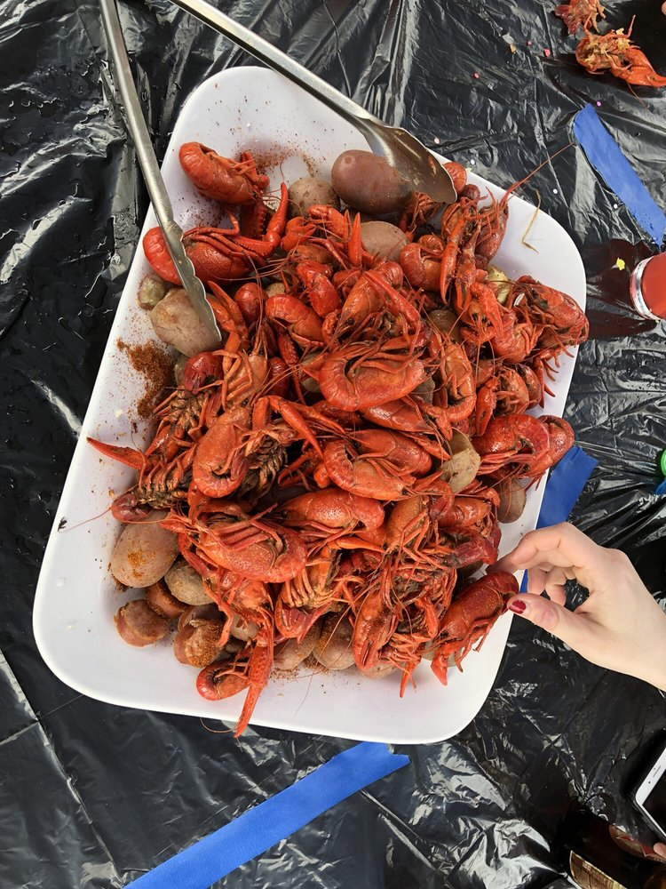 Crawfish Shack: 1375 N Germantown Pkwy, Memphis, TN