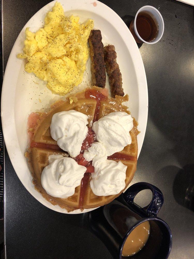 Lumpy's Diner: 615 Railroad Ave, Pittsburg, CA